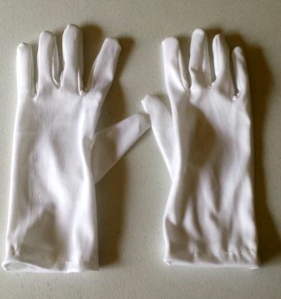 Exemplar White Gloves